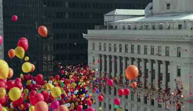 sc-apple-iphone-7-balloons-3