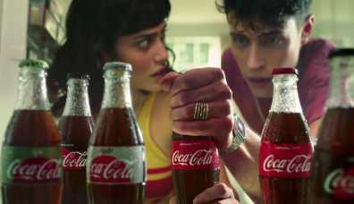 sc-coca-cola-pool-boy-3