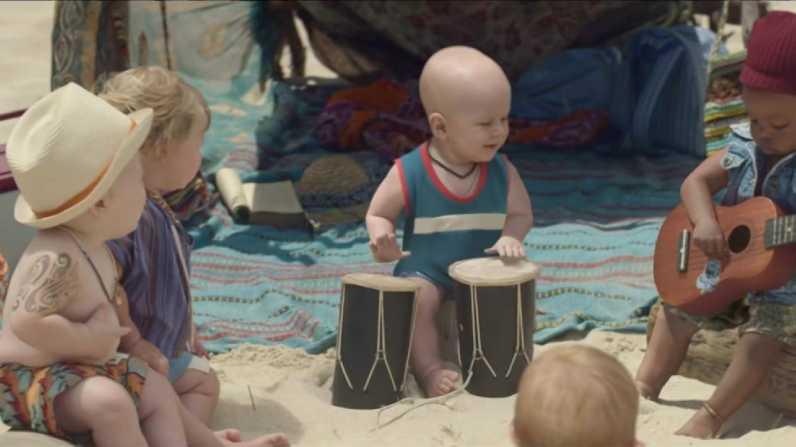sc-evian-babies-baby-bay-2