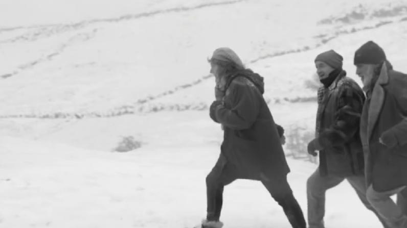 waitrose-snowed-in-1