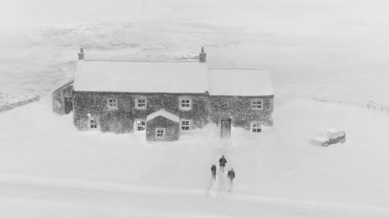 waitrose-snowed-in-2